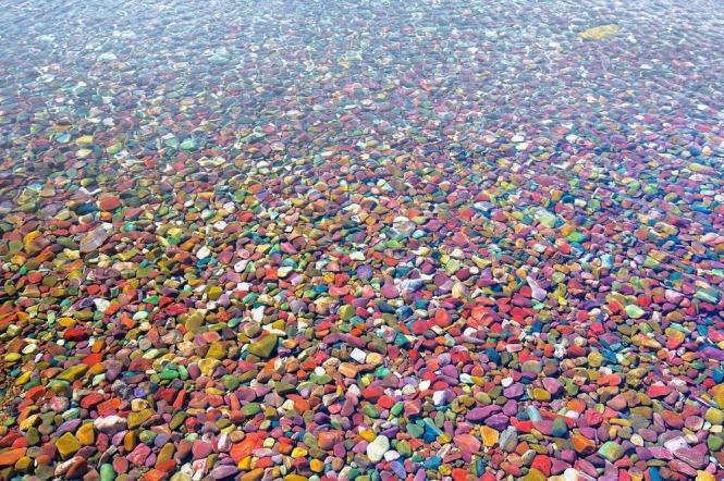 lake-mcdonald-colored-pebbles-510